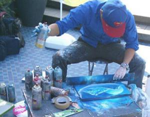 スプレーアート道具を使用